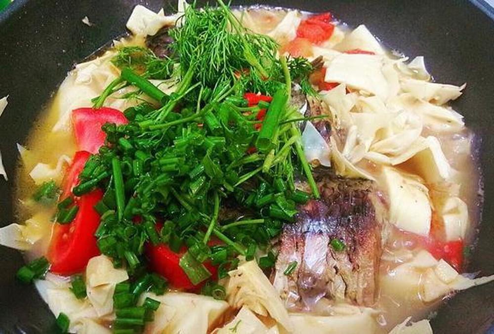 Cá chép giòn nấu măng chua | Món Miền Trung